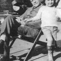 Rudy Pollock with his son, Rue, 1922.